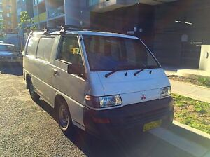Mitsubishi Express 2004 Waterloo Inner Sydney Preview