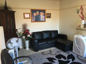 SPACIOUS 3 bedroom FAMILY HOME AVAILABLE FOR SHORT TERM RENT DEC-JAN Reservoir Darebin Area Preview