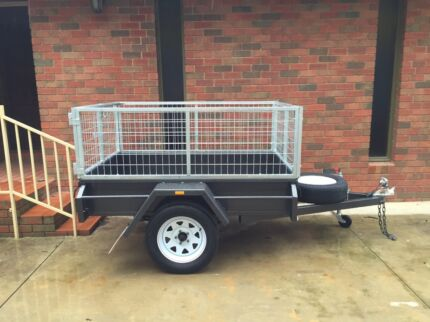 Box Trailer 6 x 4 H/D Smooth Sides With 2Ft Gal Crate