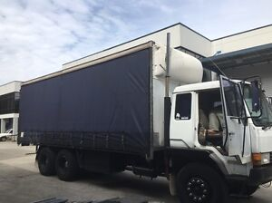 Mitsubishi 15T taught liner turbo Truck recent rebuild very reliable Castle Hill The Hills District Preview