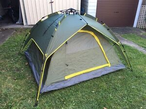 Camping Tent one minute to mount!! Banksia Rockdale Area Preview