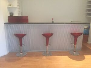 Bar for man cave Figtree Wollongong Area Preview