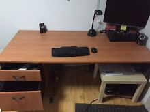 Computer desk for free Curl Curl Manly Area Preview