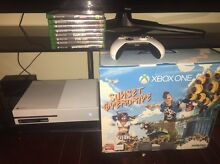 Xbox one WHITE 500gb with 8 games Old Reynella Morphett Vale Area Preview
