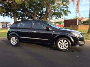 2006 Holden Astra Hatchback Marks Point Lake Macquarie Area Preview