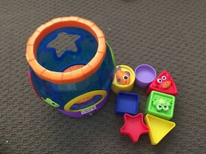 Lamaze shape sorter Aberglasslyn Maitland Area Preview