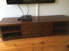 Entertainment unit and matching coffee table Collaroy Manly Area Preview