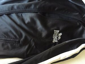 Lonsdale ladies black jacket $29 Maryville Newcastle Area Preview