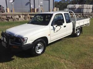 2003 Toyota Hilux Xtra Cab Ute 120ks $7950 Eagle Farm Brisbane North East Preview
