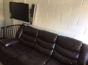 Brown chevron leather 3 seat recliner lounge sofa Beacon Hill Manly Area Preview