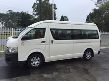Mini bus for hire Broadbeach Waters Gold Coast City Preview