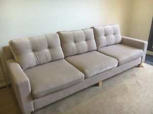 3.5 Morris seater sofa in great condition! Elsternwick Glen Eira Area Preview