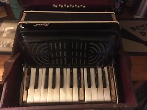 Vintage Randell Piano Accordion Glenwood Blacktown Area Preview