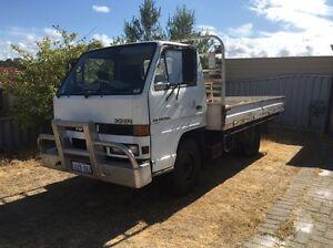 URGENT SALE NEED GONE! Isuzu truck! Perth Perth City Area Preview