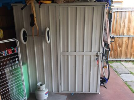 Garden Sheds Gumtree stratco garden shed (merino colour , dismantled) sliding door