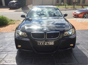 BMW 320i MY09 E90 MSPORT Leather Sunroof Low Km MUST SEE!!! Seaford Meadows Morphett Vale Area Preview