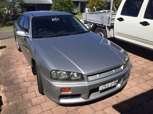 R34 gtt 4 door, auto, silver. Stock. Yamba Clarence Valley Preview
