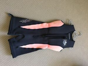 Womens size 12 wesuit Yatala Gold Coast North Preview