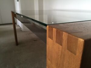 Beautiful dining table Darling Point Eastern Suburbs Preview