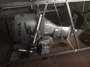 Honda 30hp outboard Waterbank Broome City Preview