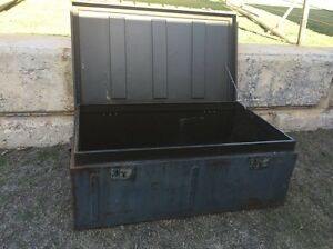 Metal box / trunk / 4X4 snatch box / camping Quinns Rocks Wanneroo Area Preview