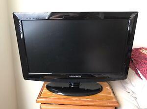 TV/DVD player combo Maida Vale Kalamunda Area Preview