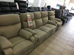 ## LOUNGE SUITE SALE!!! ALL MUST GO!! ## Aspley Brisbane North East Preview