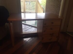 Desk Vermont South Whitehorse Area Preview
