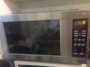 SMEG microwave West Hoxton Liverpool Area Preview