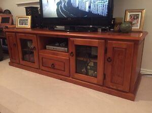 Tv / entertainment unit. Solid pine Balaclava Port Phillip Preview