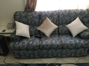 NEED GONE TODAY Family 3+2 recliners lounge Enfield Burwood Area Preview