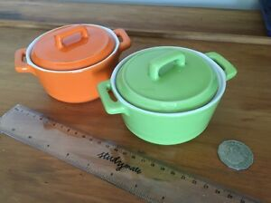Two Maxwell Williams stone wear serving dishes Birmingham Gardens Newcastle Area Preview