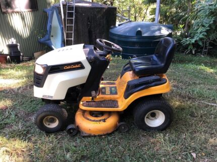 Ride On Lawn Mower with new battery for sale