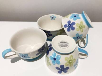 FOR SALE - 4 Morgan and Finch Stoneware Teacups
