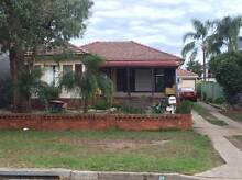 Quiet area in the suburbs. 3 bedroom House Condell Park Bankstown Area Preview