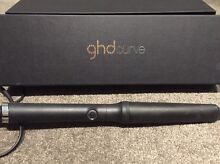 GHD Curve-Creative Curl Wand and carry bag. Lake Wendouree Ballarat City Preview