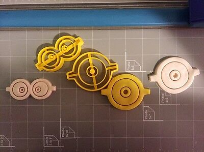 Minions Eyes Cookie Cutters](Minion Cookie Cutter)