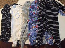 5 pieces winter baby boys clothes (2)- VGC Everton Park Brisbane North West Preview