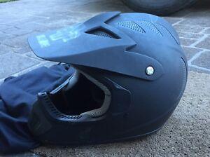 Helmet Woonona Wollongong Area Preview