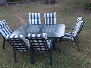 6 seater outdoor table setting Elanora Heights Pittwater Area Preview