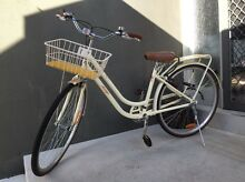 Cruiser bicycle - used twice! Brighton Bayside Area Preview