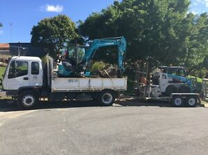 5T excavator combo Parkwood Gold Coast City Preview