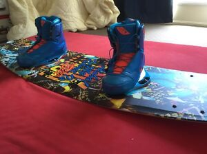 Ronix Wake Board and Boots Windaroo Logan Area Preview