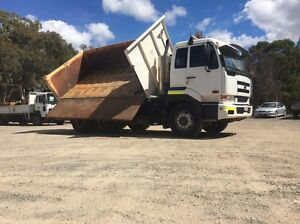 2005 nissan CW385 3 way tipper low kms! Capalaba Brisbane South East Preview