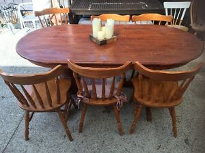 Table and chairs Mordialloc Kingston Area Preview