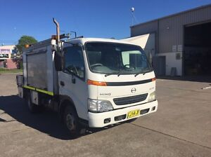 Service Truck Hino Dutro Rutherford Maitland Area Preview