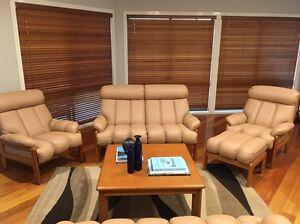 LEATHER lounge set with ottoman, beige, modern design Sandringham Rockdale Area Preview