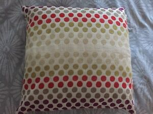 6 X spotted cushions Mount Coolum Maroochydore Area Preview