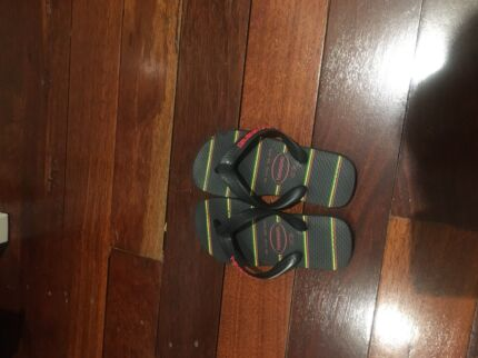 Thongs - Havaianas, size 27-28