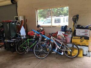 Garage sale Melton South Melton Area Preview